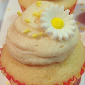 I abked some yummy lemon cupcakes